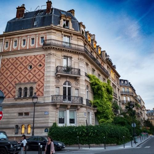 Париж - прекрасният град-домакин на годишния конгрес на EADV