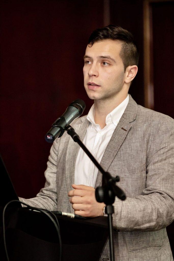 Д-р Валери Малев